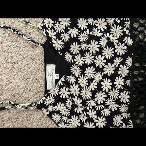 LF Tops - LF Fringe Flower Crop Top